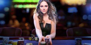 Playing Poker Tournaments